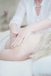 massage-650879_640
